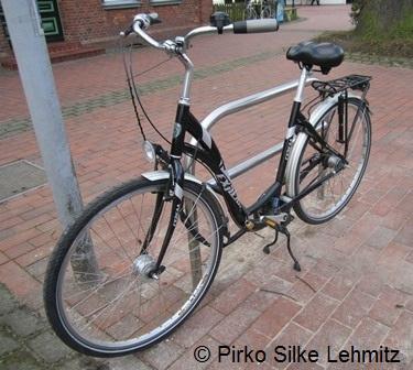 Auch für ein Fahrrad muss eine Nutzungsentschädigung gewährt werden, wenn es bei einem Unfall beschädigt wird und man darauf angewiesen ist